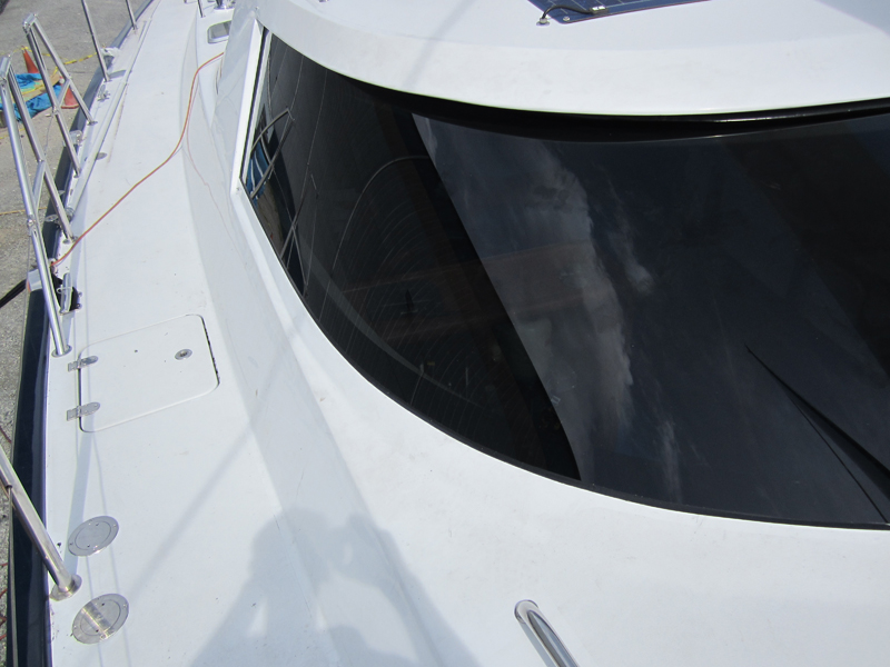 Custom Bent & Curved Glass Manufacturing For Marine Boats & Yachts