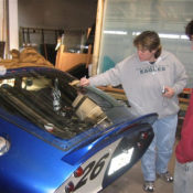 Custom Bent & Curved Glass Manufacturing For Cars