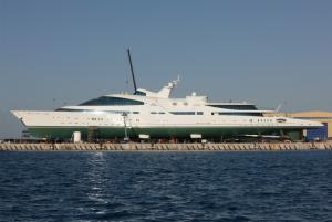 Yaz Superyacht Glass