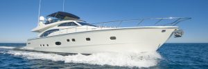 Bent glass design for luxery boats