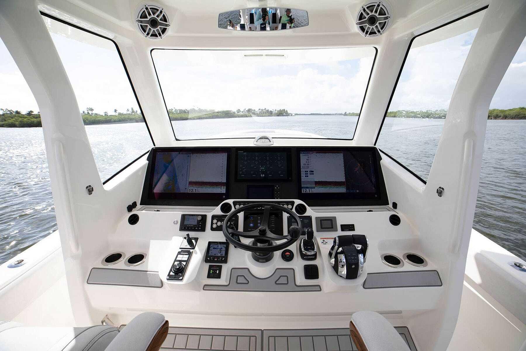 450z Marine Glass